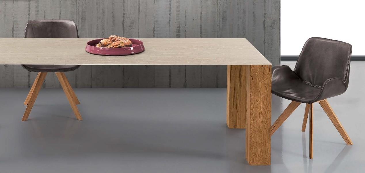 Holztisch mit Keramiktop, Beine Eiche
