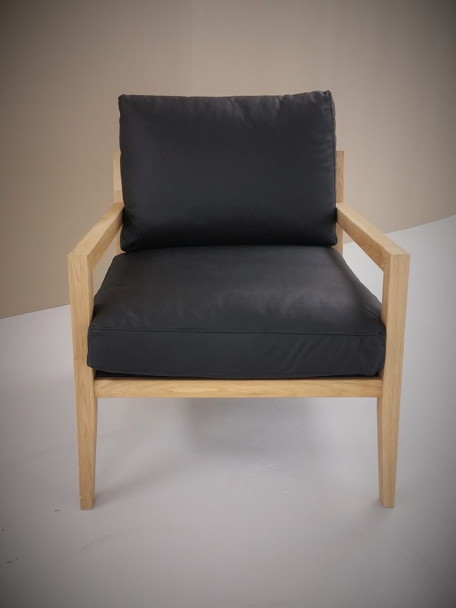 Sessel auch in Stoff erhältlich