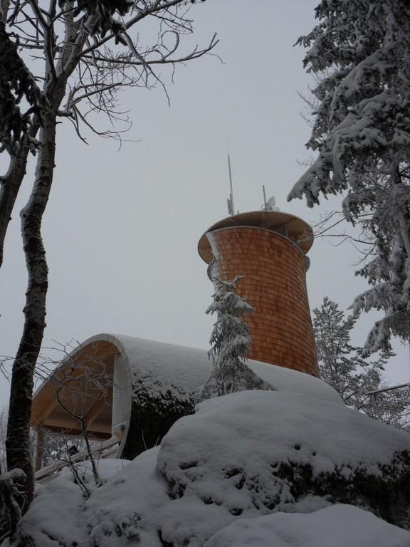 Hoh-Haus-Warte 813 m