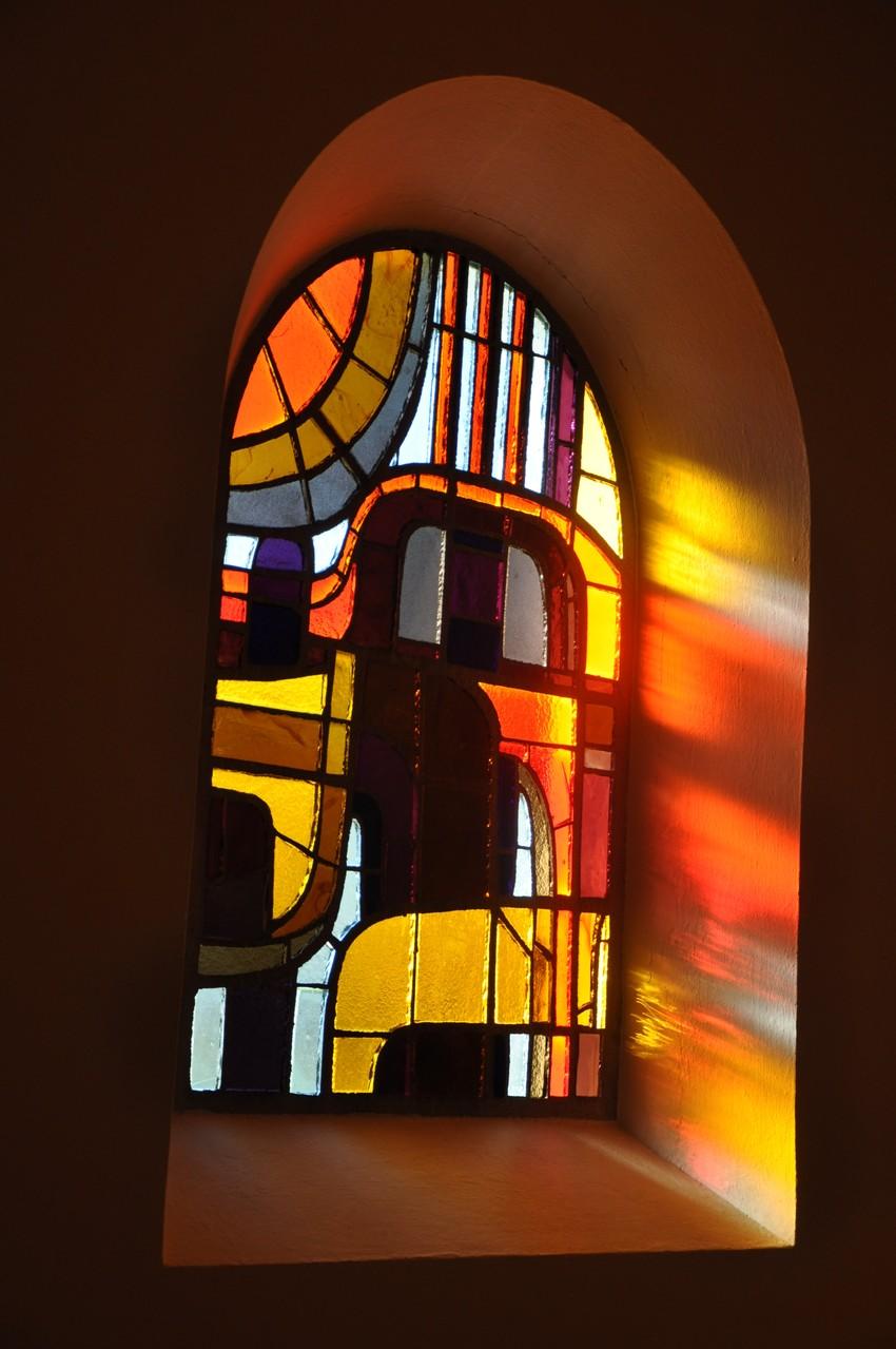 """Glasfenster in Pupping"" v. Franz Fuchs   5.)EW., 18 Pkt."