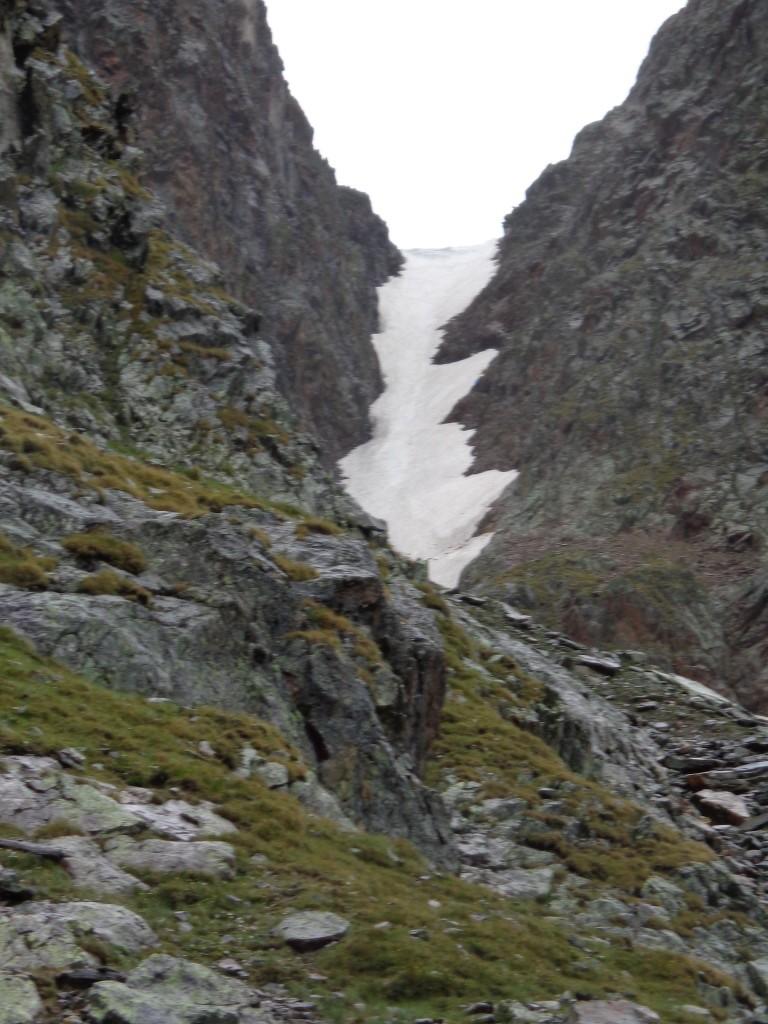 vorzeitiger Abbruch der Tour wegen steilem Schneefeld unterhalb der Hornscharte (2.958 m)