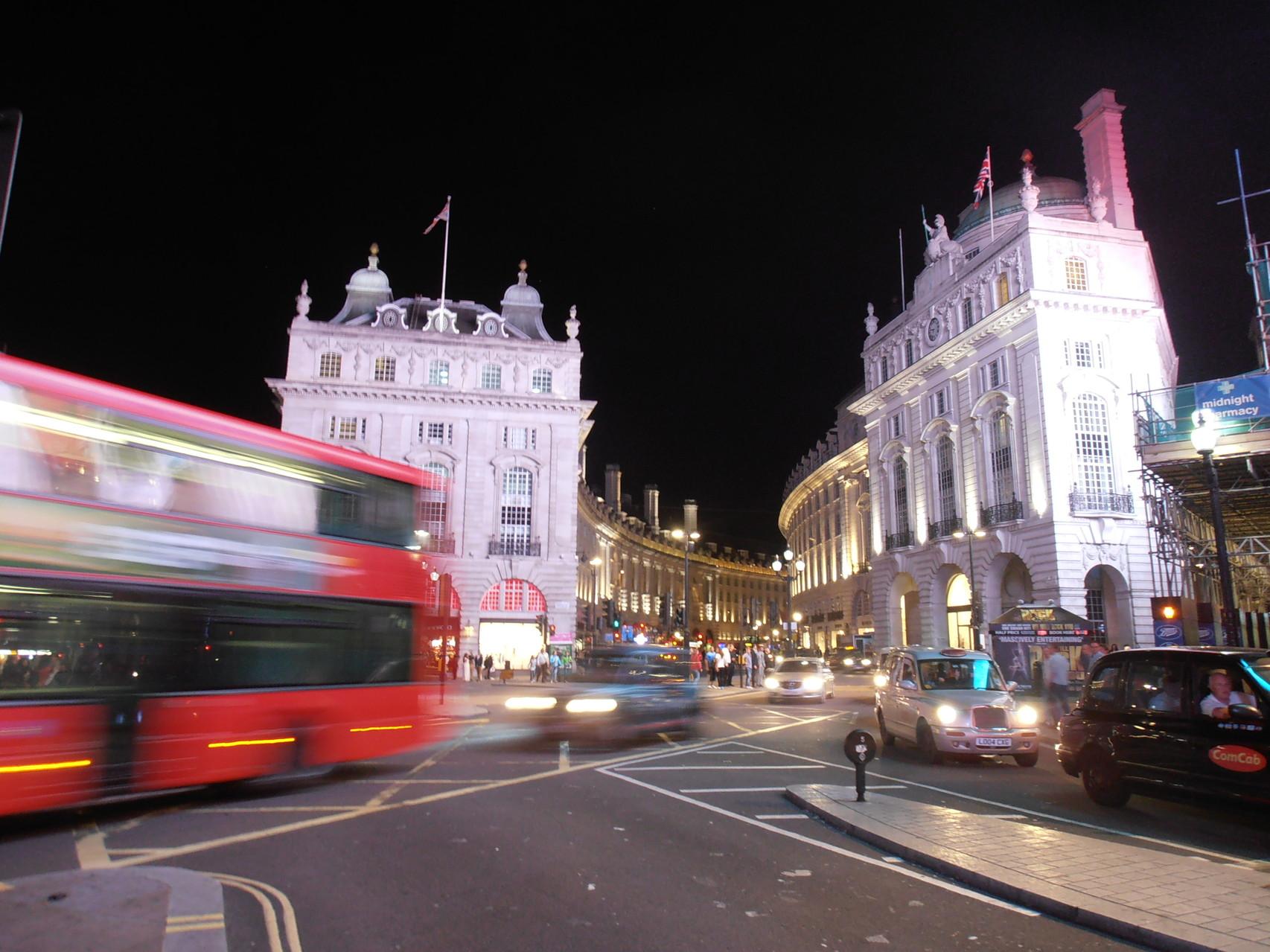 """""""London bei Nacht"""" v. Rainer Wintersberger  5.)EW., 18 Pkt."""