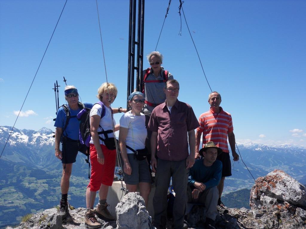 Gipfelkreuz auf 2.193 m