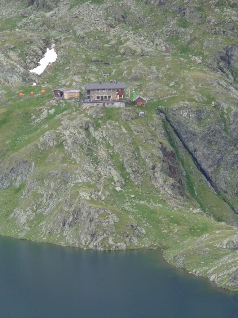 Blick auf unser 1. Tagesziel: Wangenitzsee Hütte (2.508 m)