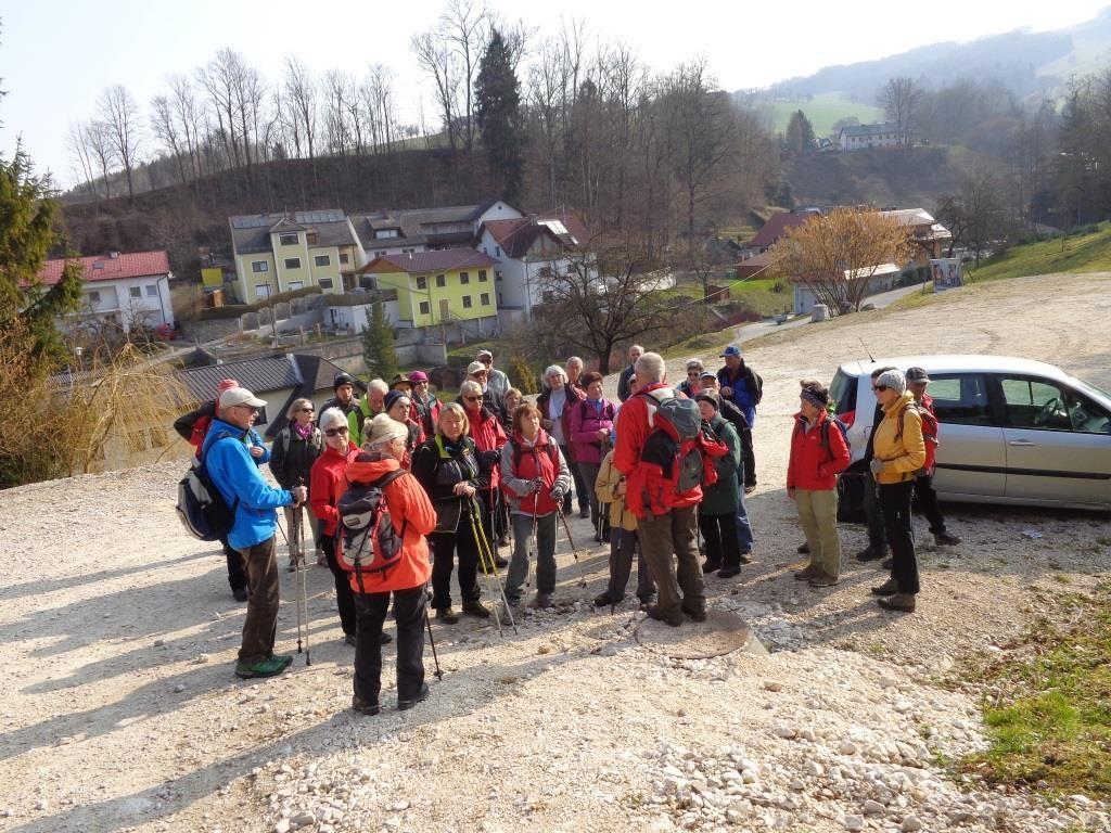 Begrüßung durch unseren Steyrer Wanderführer Karl Reitner