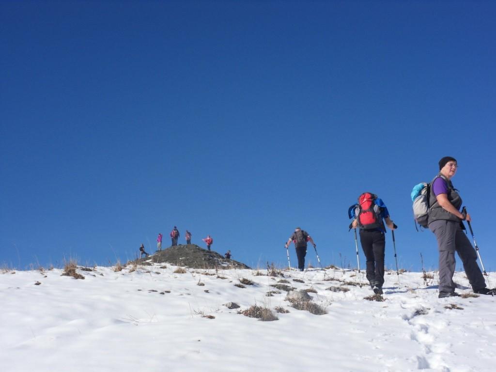 die ersten Wanderer sind schon am Gipfel