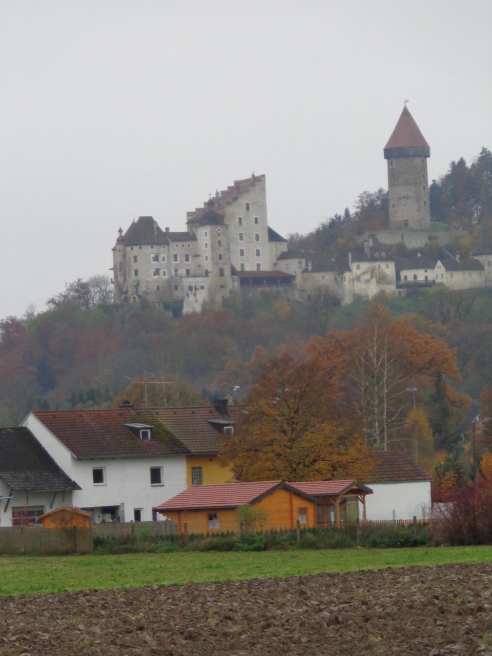 Blick auf Burg Klam