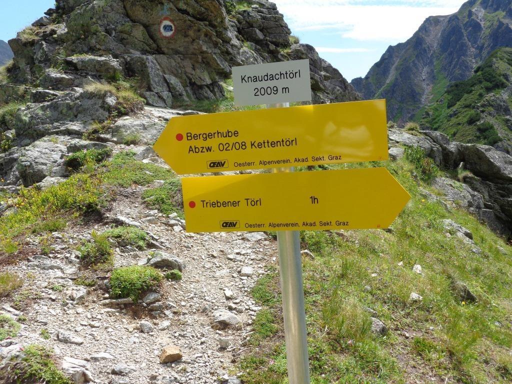 Knaudachtörl 2.009 m und Abstieg ins Triebental