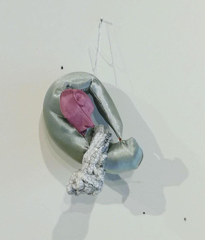 Ourlet de bec - Rose Coogan à la céramique