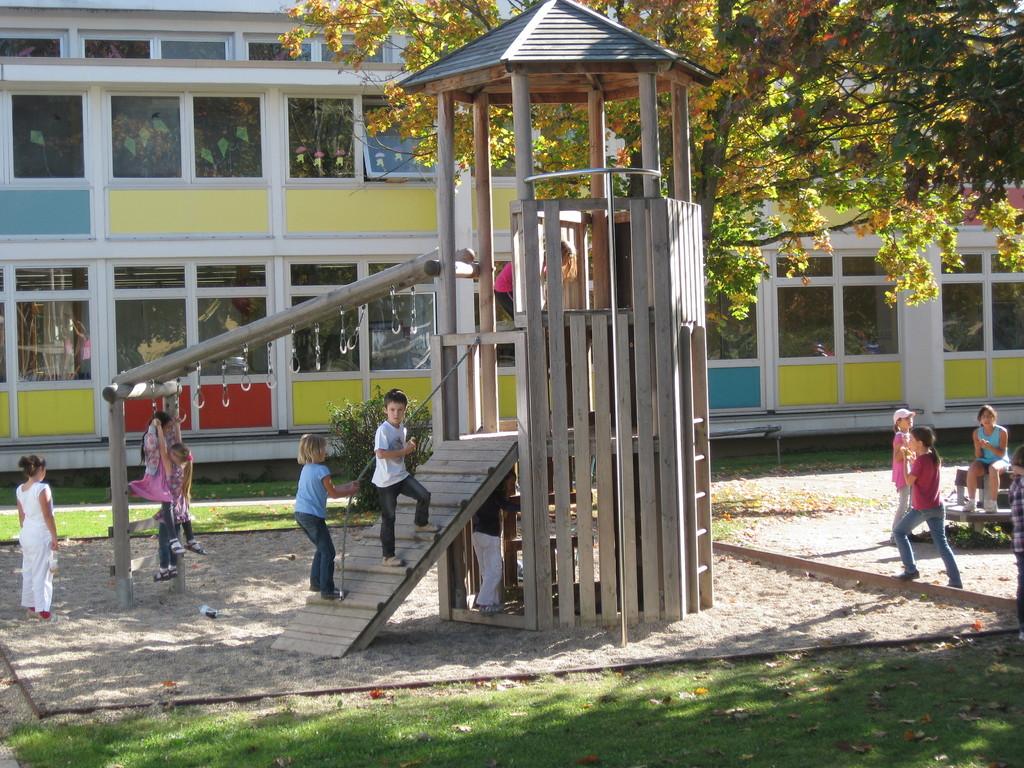 Klettergerüst der Grundschule Ittlingen