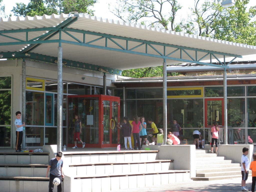 Eingangsbereich der Grundschule Ittlingen