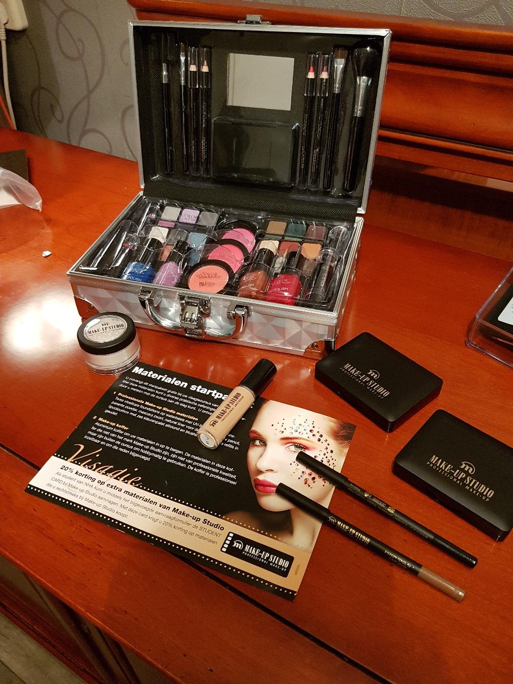 Avondje uit make-up 44,50