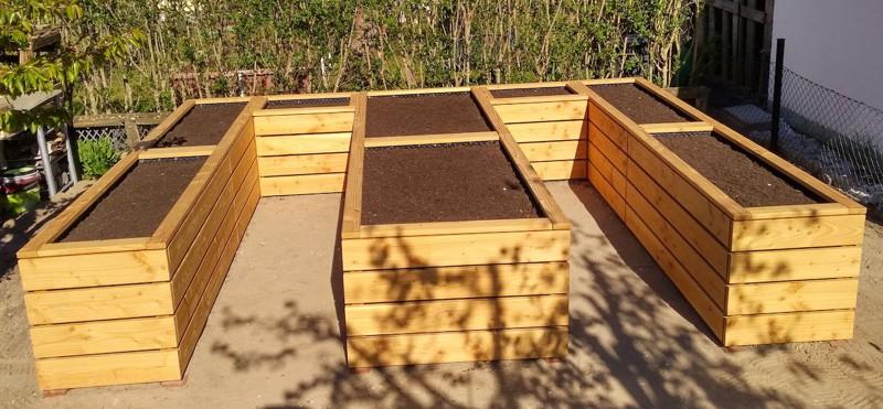 Hochbeet in E-Form, wetterfestes Holz, Douglasie - Oberfläche: Natur