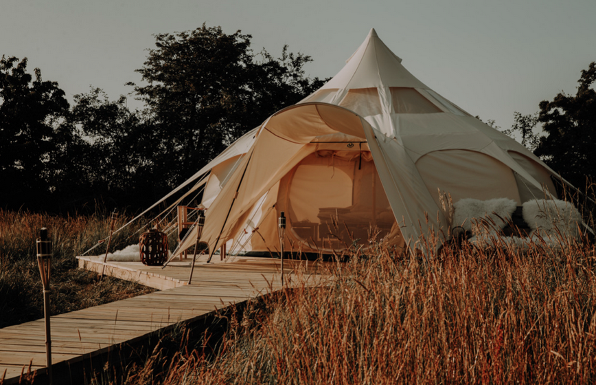 Sommetrend Glamping: Suite Dreams im Luxuszelt