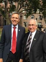 ... mit Generalkonsul Walter Stechel
