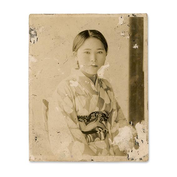 昭和初期に撮影された写真 (白黒プリント 6×4.8cm)