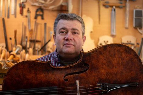 ラウバッハバイオリンメーカー
