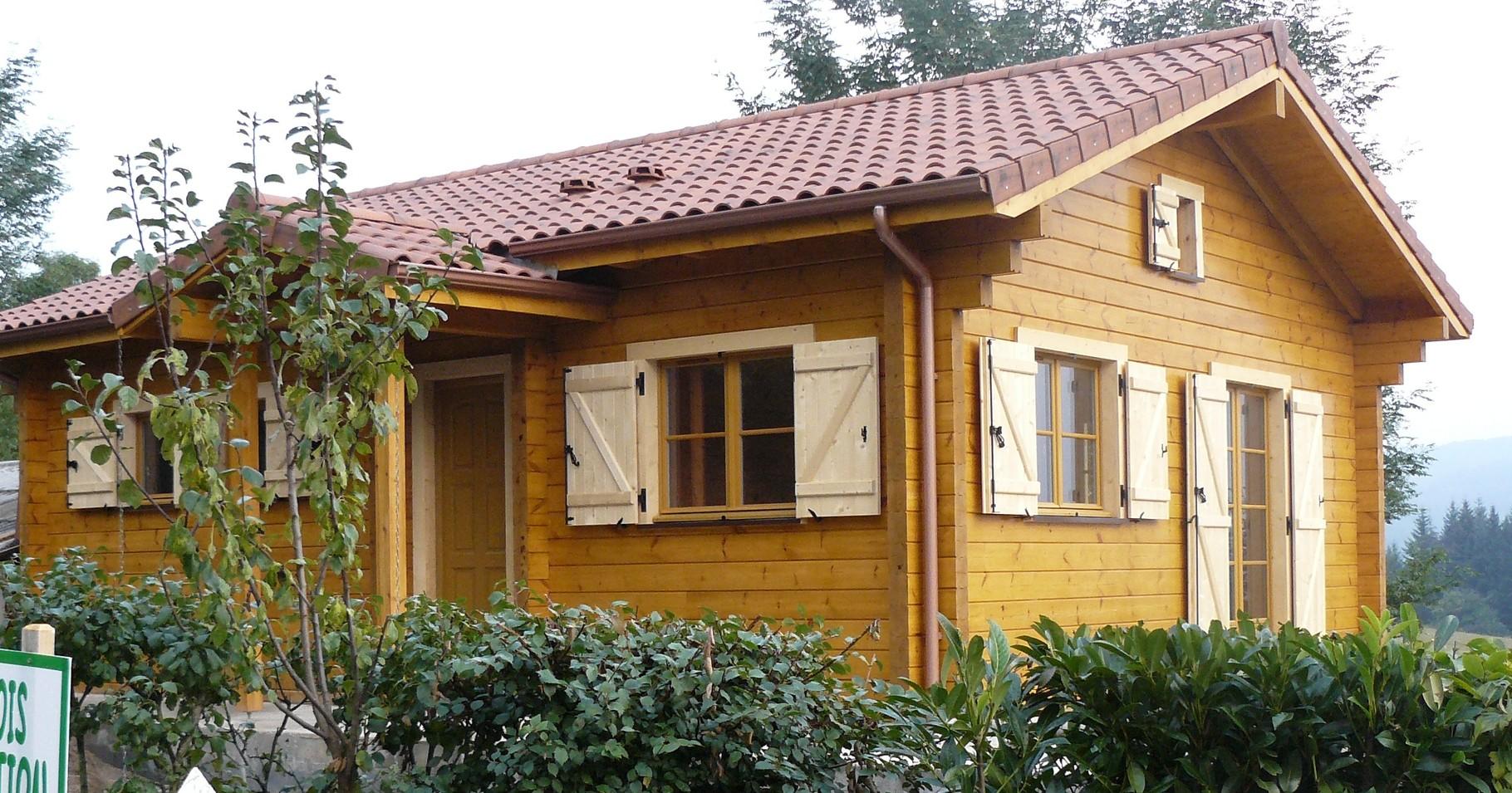 Maison madrier 134x180 à Puy Guillaume(63)