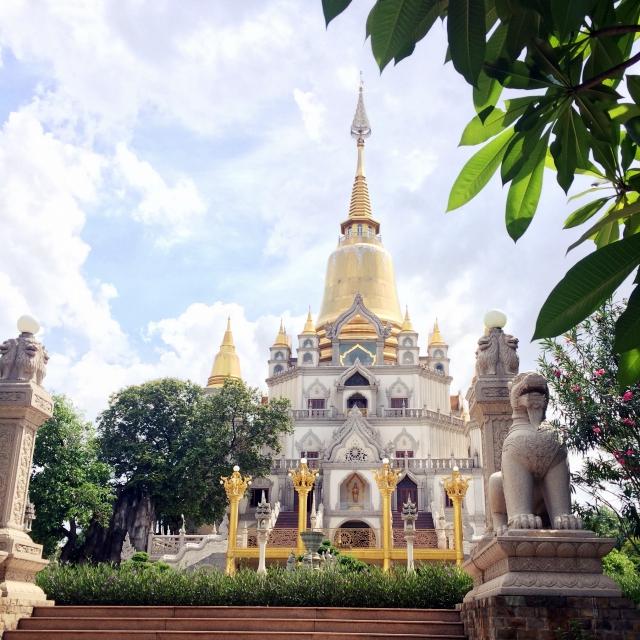 Ohne Na hätte ich solch tolle Tempel in HCMS nie gesehen.