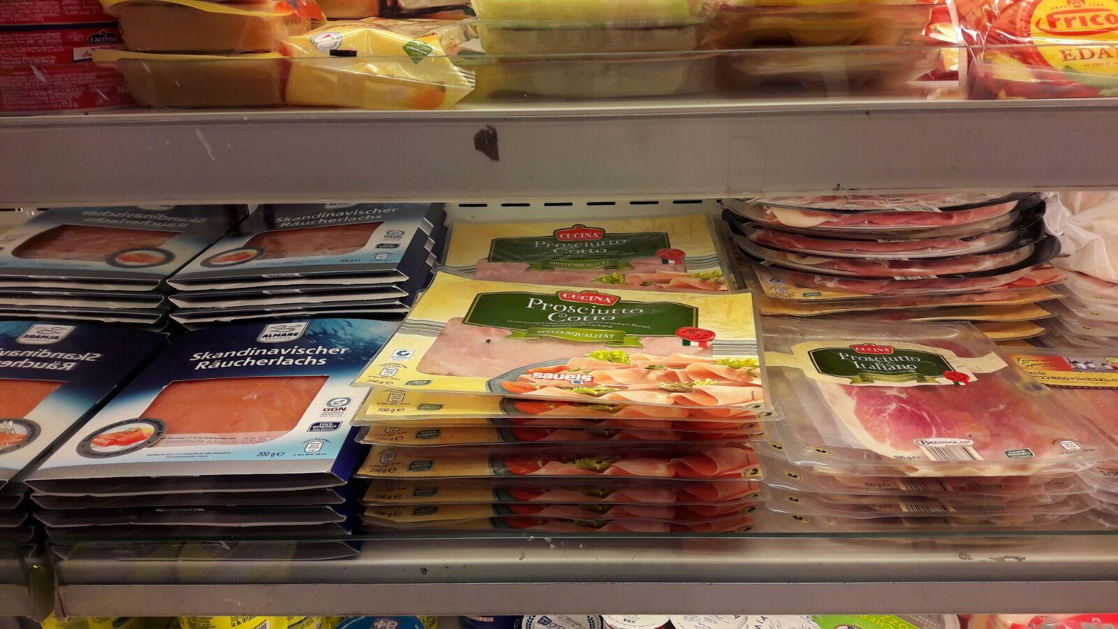 Aldi-Produkte im indischen Supermarkt