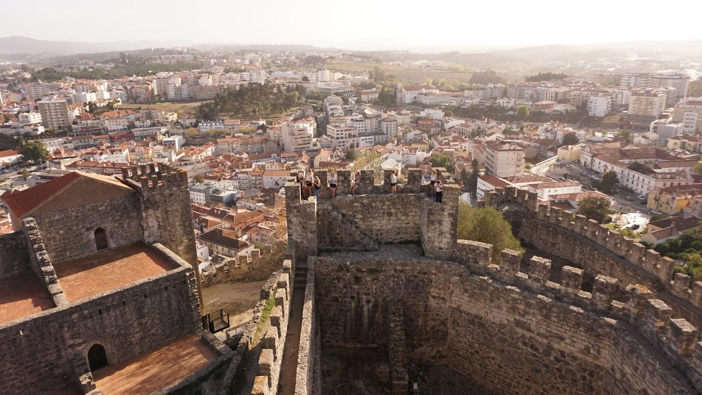 Tag 2: Nachmittags besuchten wir die Burg in Leiria.