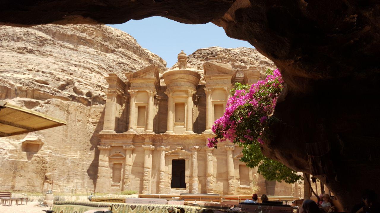 Ad-Deir - Das Kloster in Petra. Erste Station unserer Wanderung