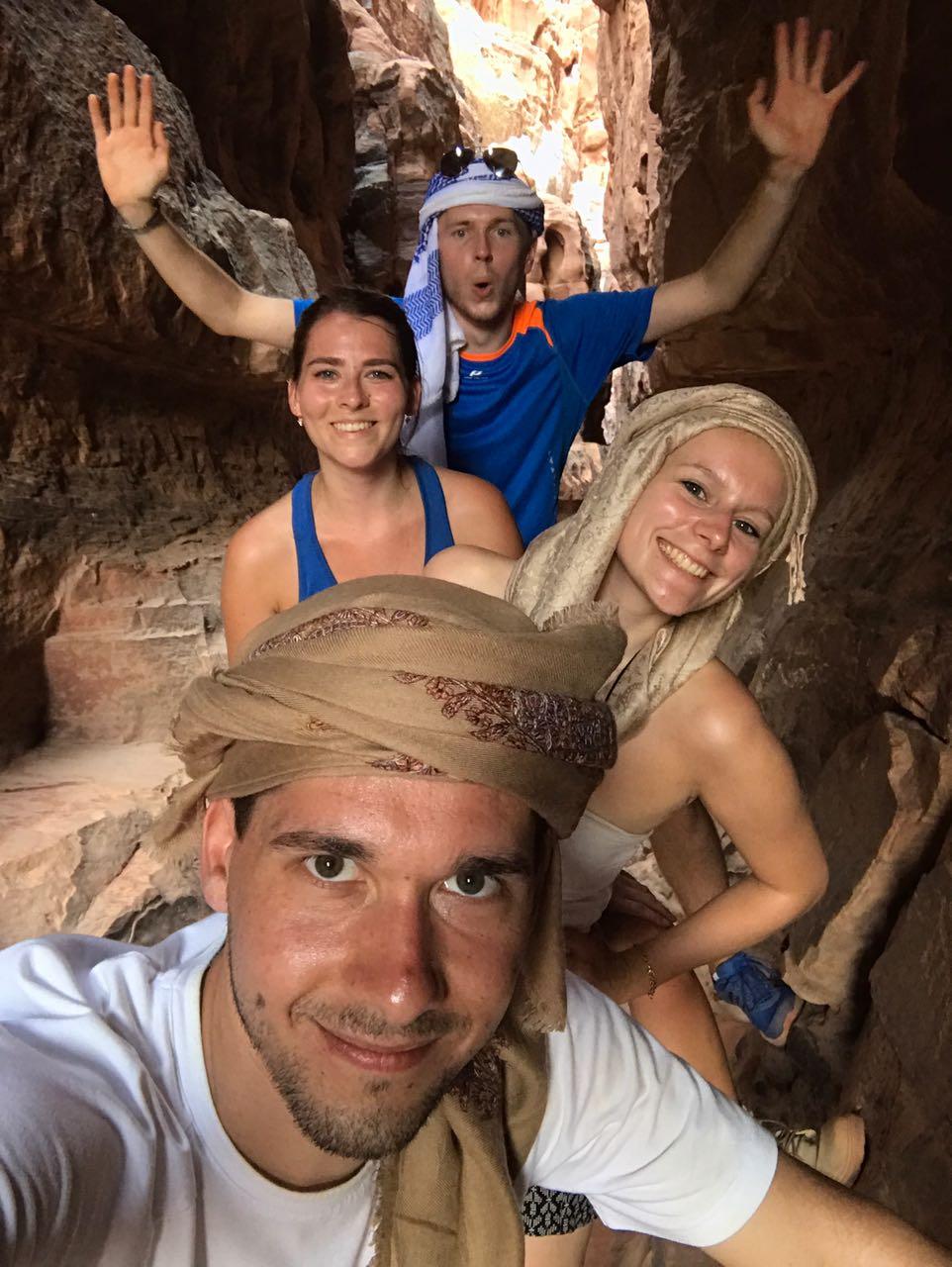 Wandern durch Felsenschluchten