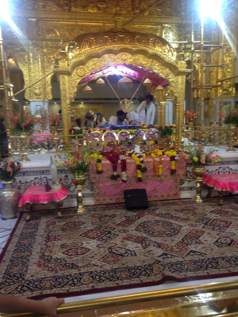 Beeindruckender Sikhtempel von Innen
