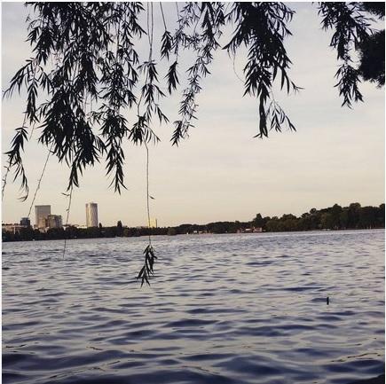Geht immer: Entspannen am See im Herastrau-Park!