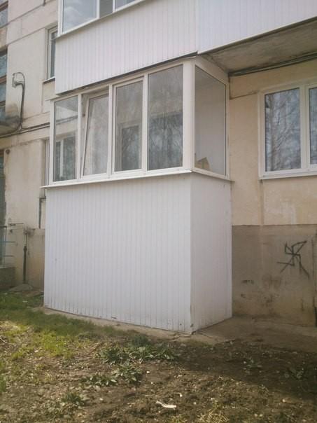 пластиковый балкон с наружным обшивом. цена под ключ - 22600 руб