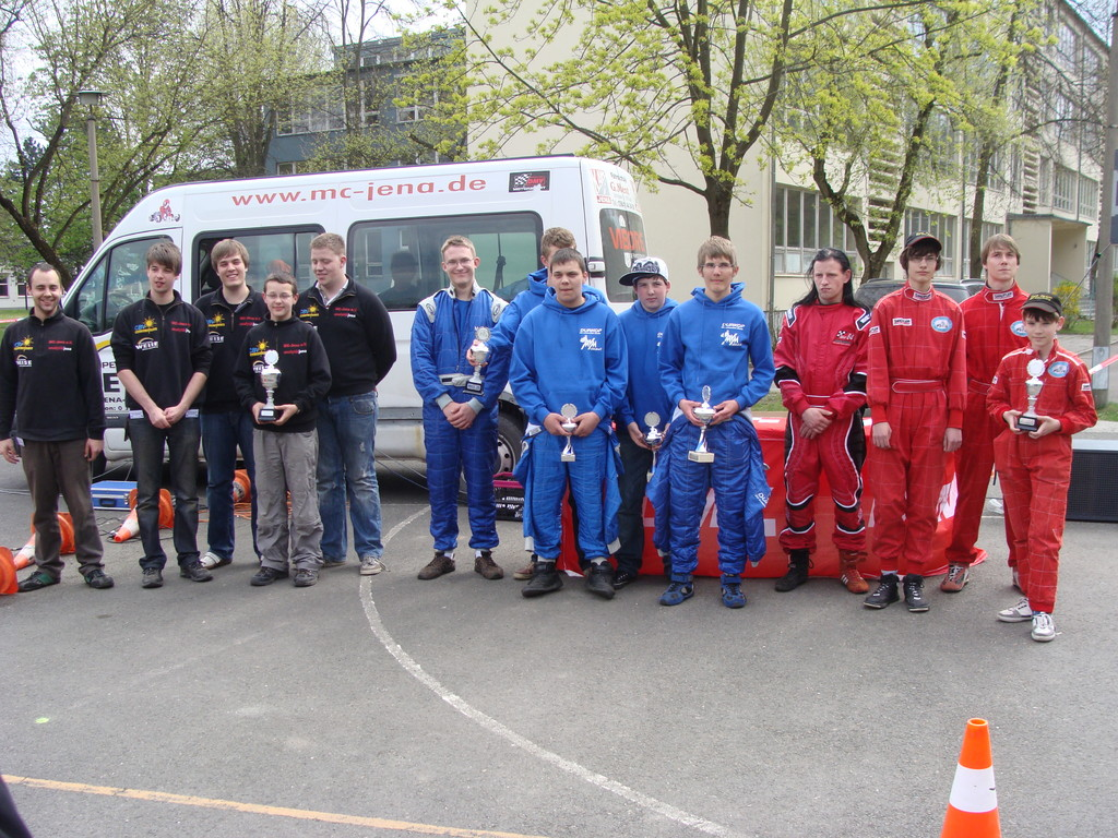 Siegererhrung Mannschaft (3. Platz) (in rot, v.l.n.r.: Florian, Oliver, Andreas, Justin)
