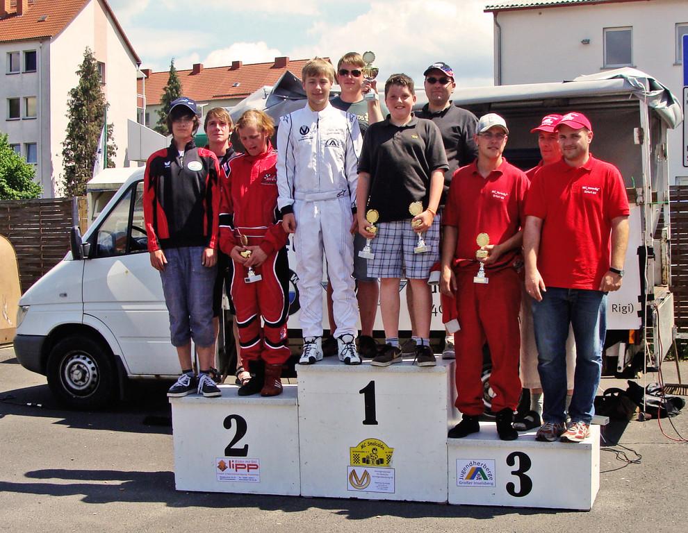 Siegerehrung (Mannschaft mit Florian Szukalsky auf Platz 2)