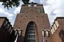 Pfarrkirche Heilig Kreuz. Ansicht von Südwesen