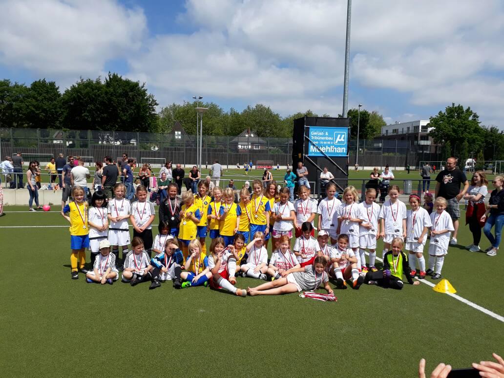 U8-Juniorinnen Spielrunde bei Victoria Hamburg