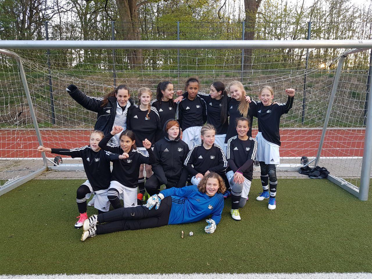 Halbfinalsieg IKK Classic Pokal vs. Waldörfer SV (1:0)
