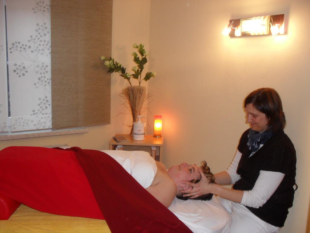 Craniosacraltherapie & osteopathische Behandlungstechniken