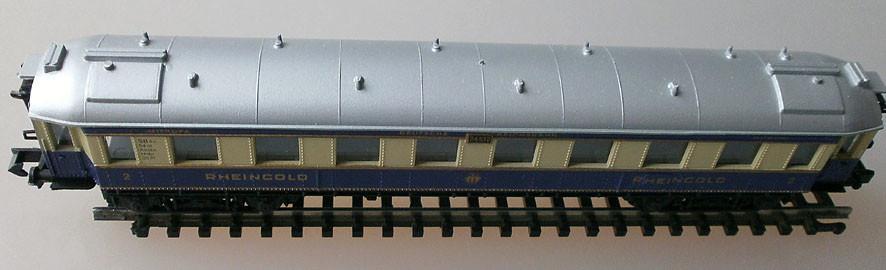 Arnold N 3313 Rheingold Schnellzugwagen, oben