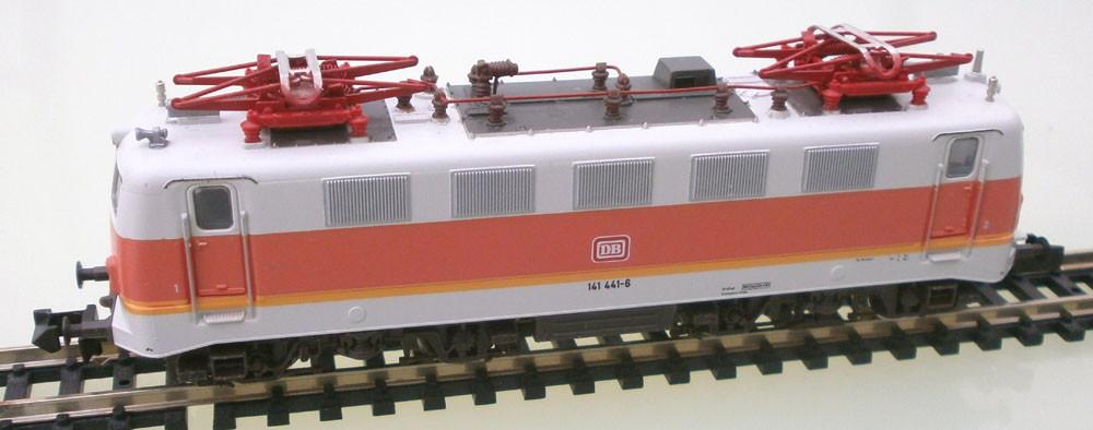 Fleischmann N 7329, Elektrische Lok der DB, Seitenansicht
