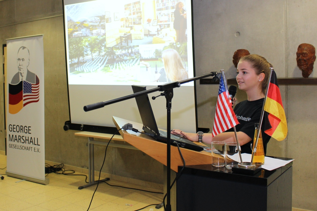 Student Luisa Fritsch talked about her experiences during an exchange visit in the US