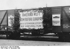 A train promoting the ERP. The poster reads: America supports the rebuilding of Europe - This freight car was provided by the Marshall Plan (Photo: German Federal Archives, Registration code: 183-R83460, N.N.)