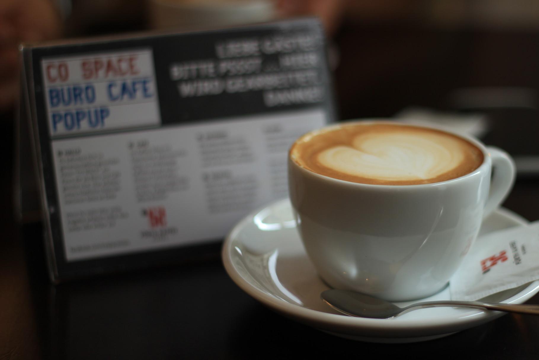 neues Cafe-Konzept: mitten im Co-Working Space
