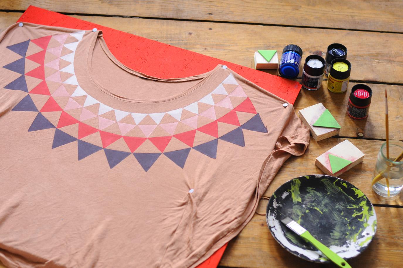 bedrucktes Shirt Beispiel Internet
