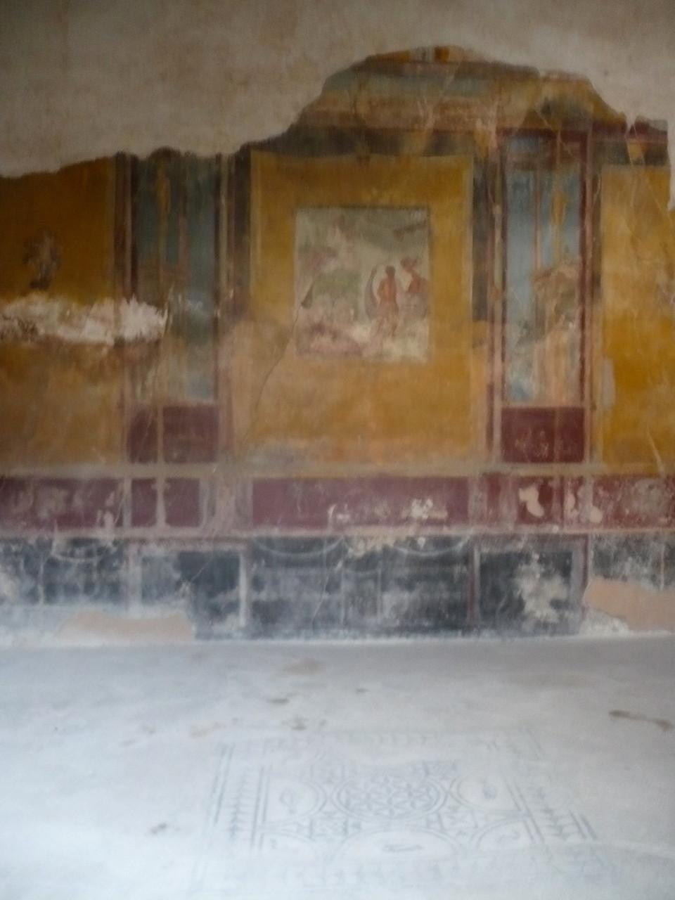 ...und Wandmalereien.