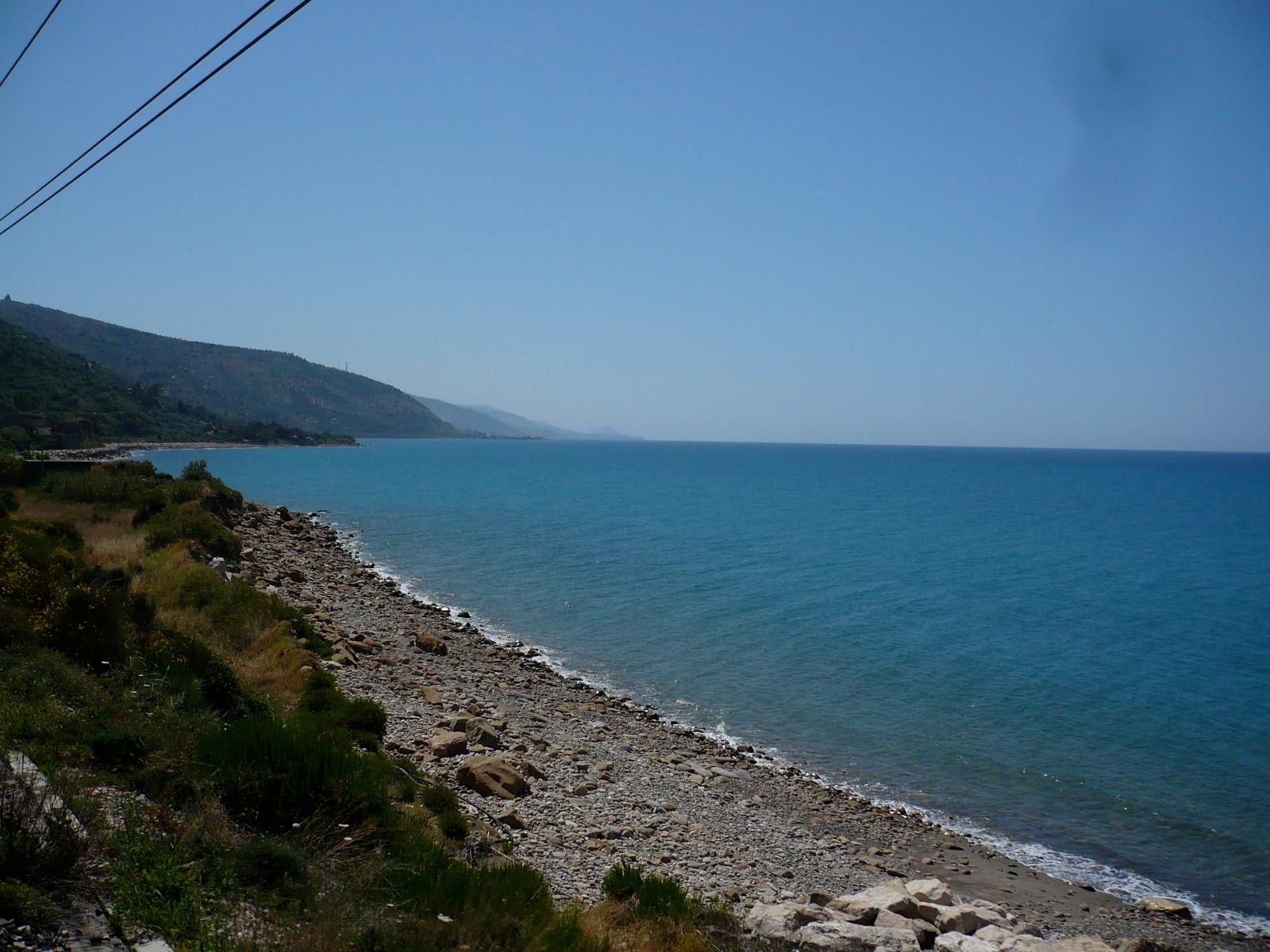 Auch kurz vor Palermo gibt es noch Strandabschnitte.