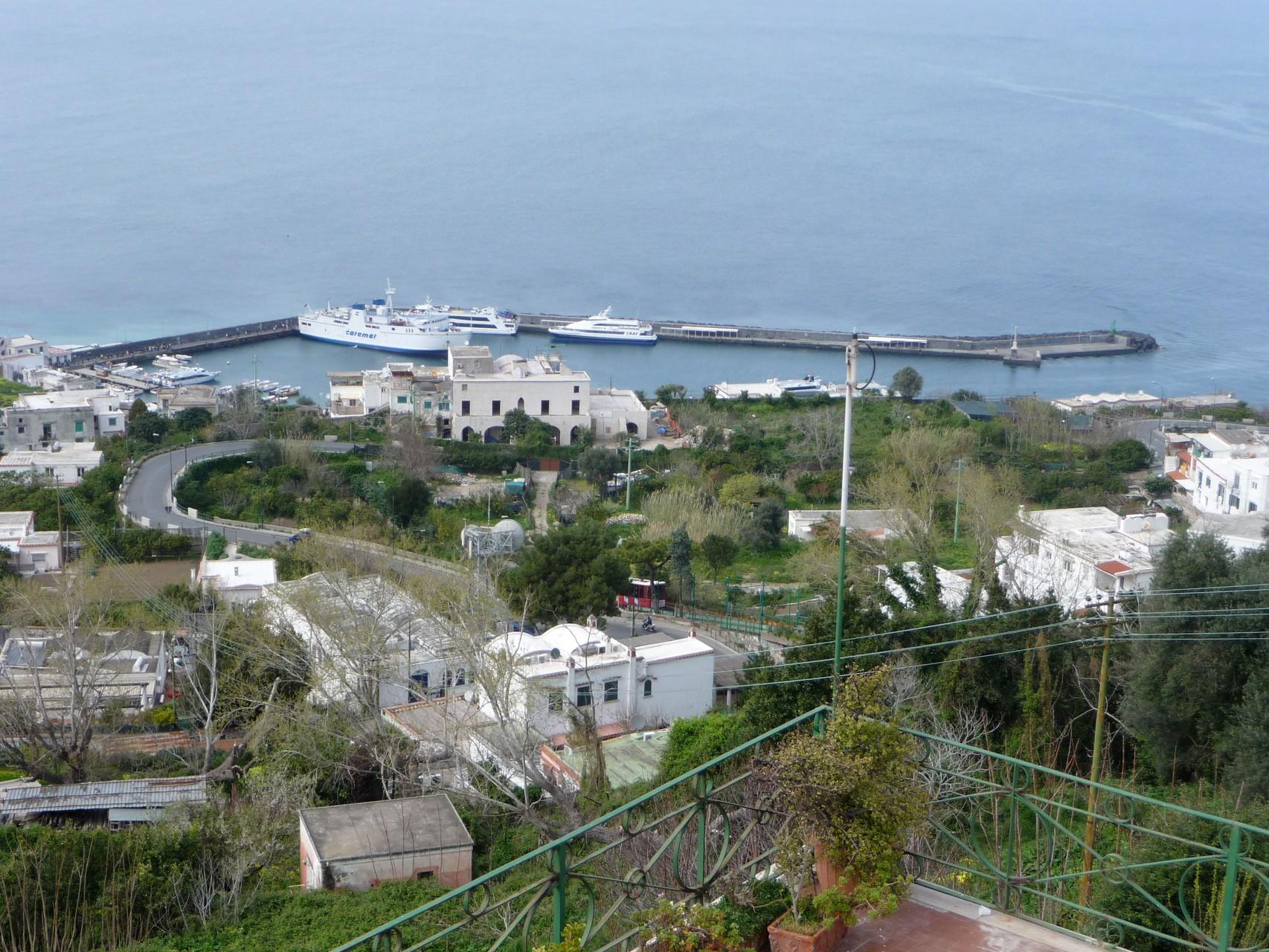 Capris einziger Hafen