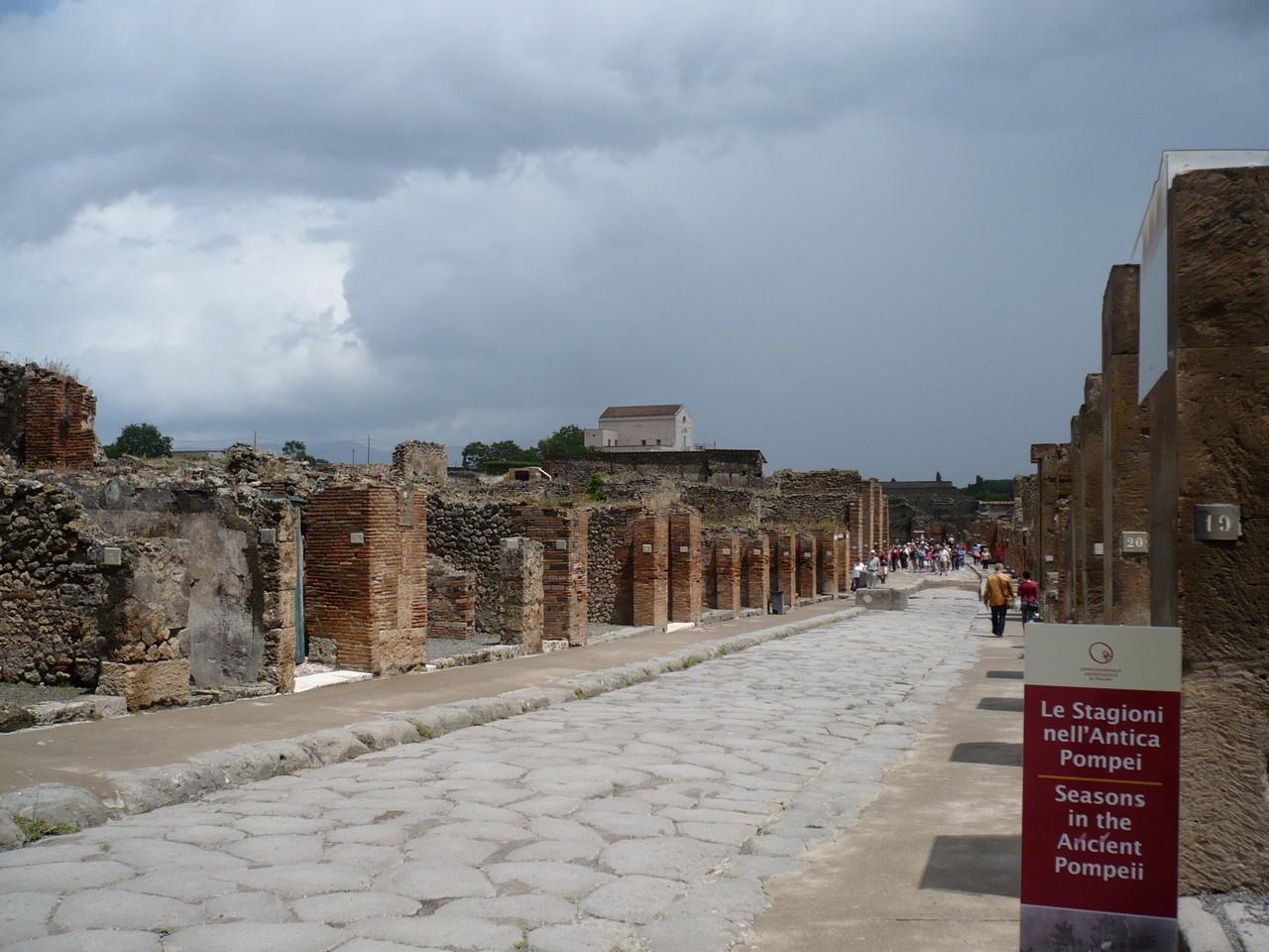 In Pompeji gibt's Prachtstraßen...