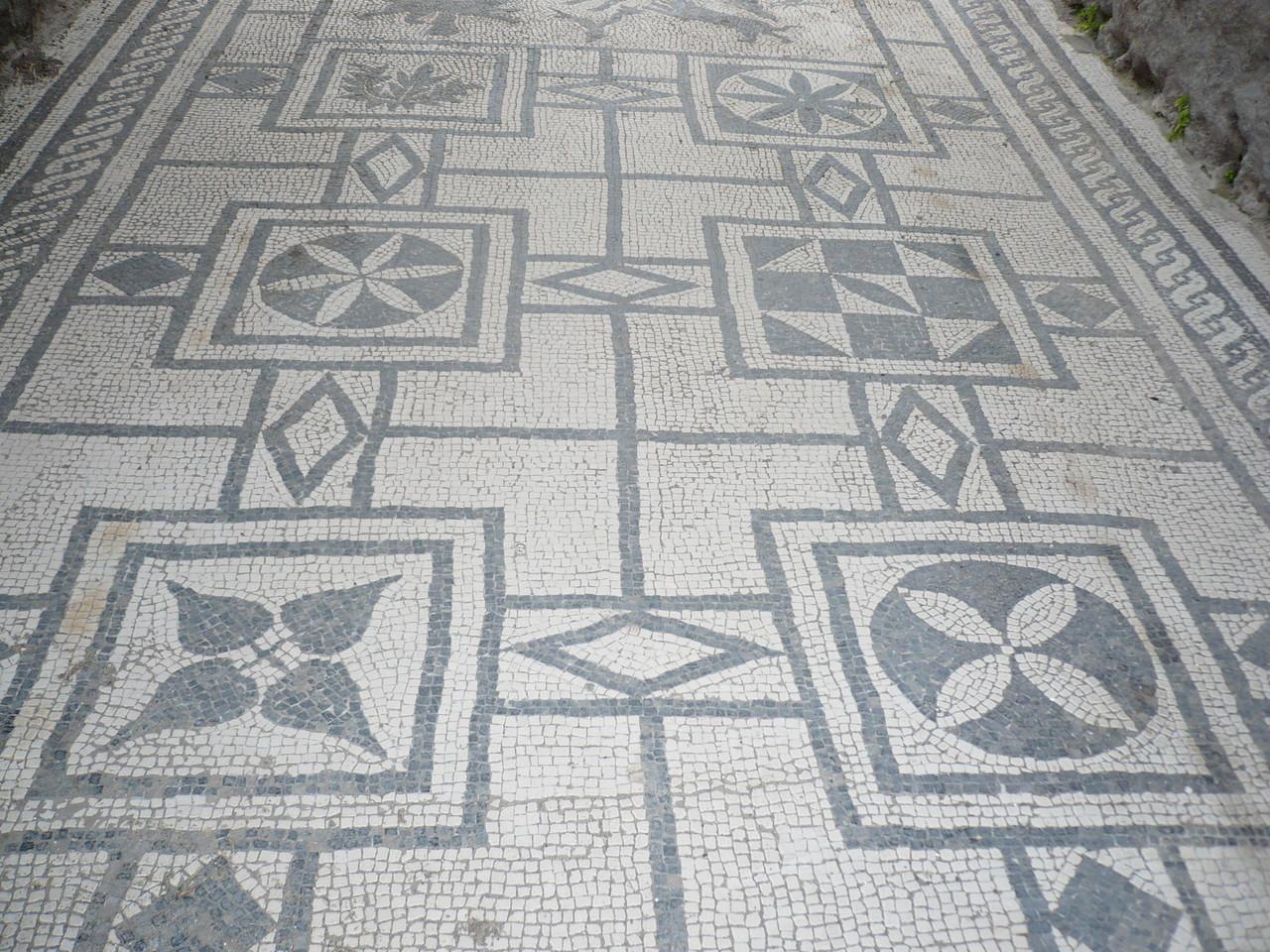 Es gibt sie natürlich: die gut erhaltenen Mosaike