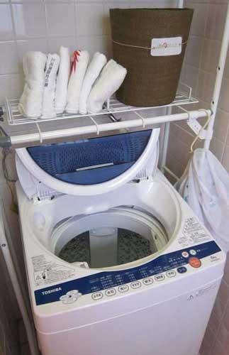 洗濯機 1回200円でお使い頂けます。液体石けん洗剤はご自由にお使い下さい。