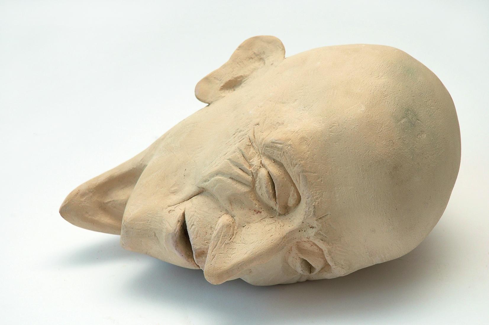 »DER LETZTE LEBENSABSCHNIT T – FRAUEN IM ALTENHEIM«, Bleistift auf Papier; Keramik; Audio, 2005