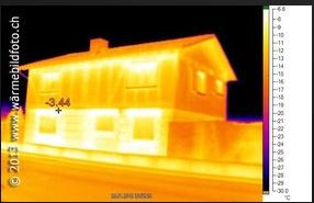 Gebäude Wärmebild aufnahme Thermografie Maag-isch March Höfe See Gaster Glarus St. Gallen Schwyz Reichenburg Tuggen Buttikon Schübelbach Siebnen Galgenen Altendorf Lachen Pfäffikon Zürich